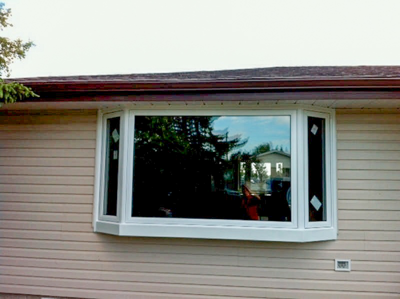 bay and bow windows installation and replacement vinyl difference between bay and bow windows bay and bow